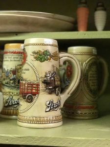 Beer Steins STEP on in Thrift Browerville